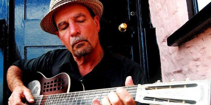 Steve James (musicista blues)