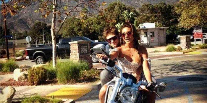 Shay Mitchell e Keegan Allen